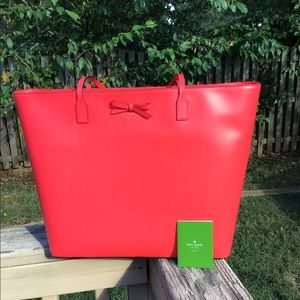 NWOT Kate Spade Lined Leather Bow Bag in Hot Chili